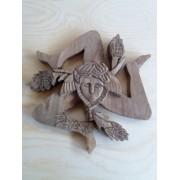 Trinacria in legno di noce - artigianale